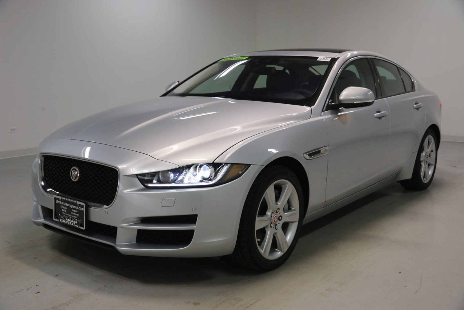 new 2018 jaguar xe 25t premium 4dr car in elmhurst j1610
