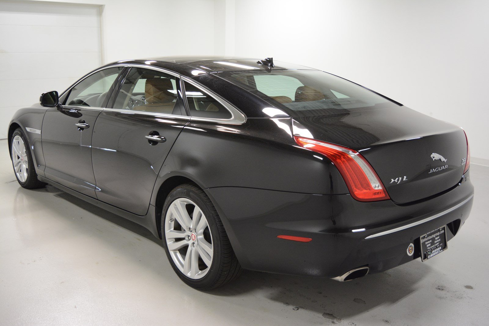 pre owned 2014 jaguar xjl xjl portfolio 4dr car in elmhurst j2420p jaguar elmhurst. Black Bedroom Furniture Sets. Home Design Ideas